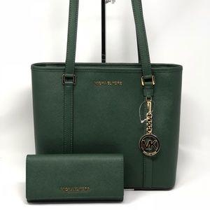 Michael kors jet set top zip tote bag+ wallet set